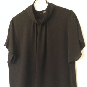 NWOT Vince Camuto Blouse
